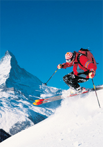 What Type of Thermal Underwear Should Skiers Wear