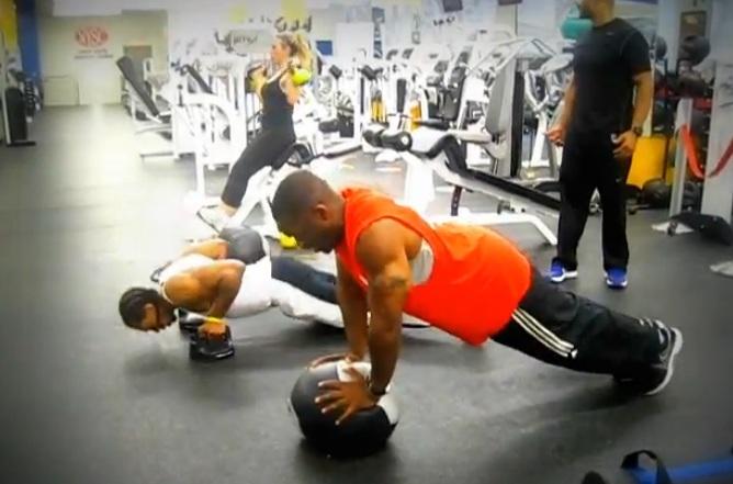 CrossFit Push Ups